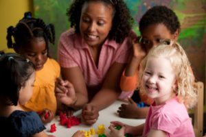 salaire assistante maternelle